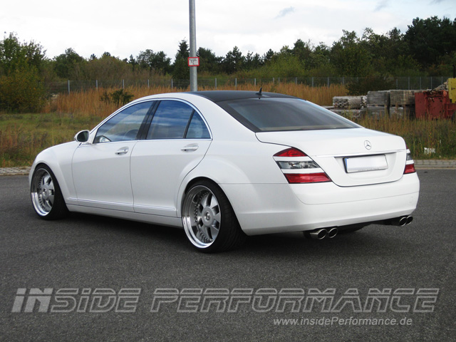 mercedes benz w221 s class 4 tip amg style exhaust. Black Bedroom Furniture Sets. Home Design Ideas