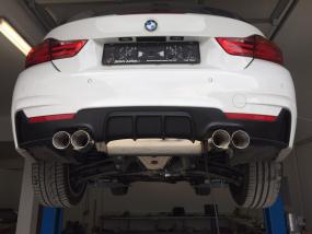 4er BMW F32/F33/F36 M4-Look Heckblende / Diffusor